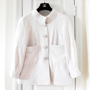 $4700 Chanel 13P White Tweed Jacket